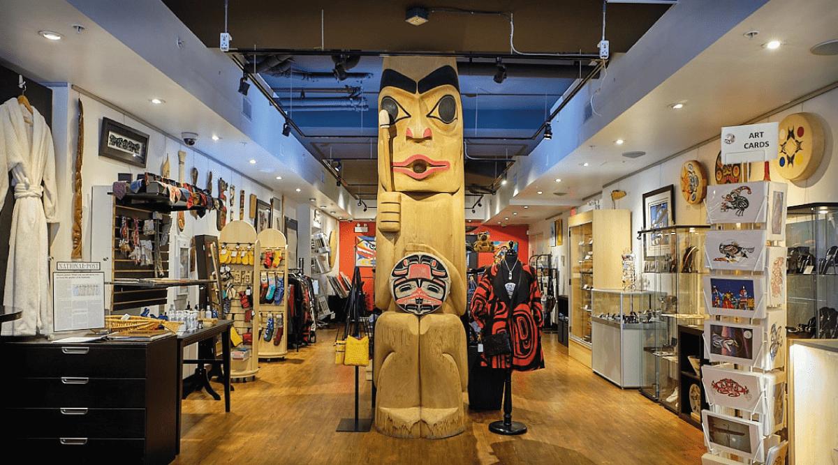 Skwachàys Art Gallery