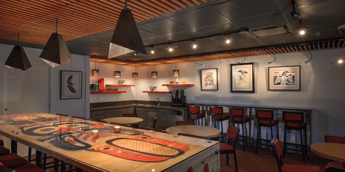 Skwachàys Lodge Lounge